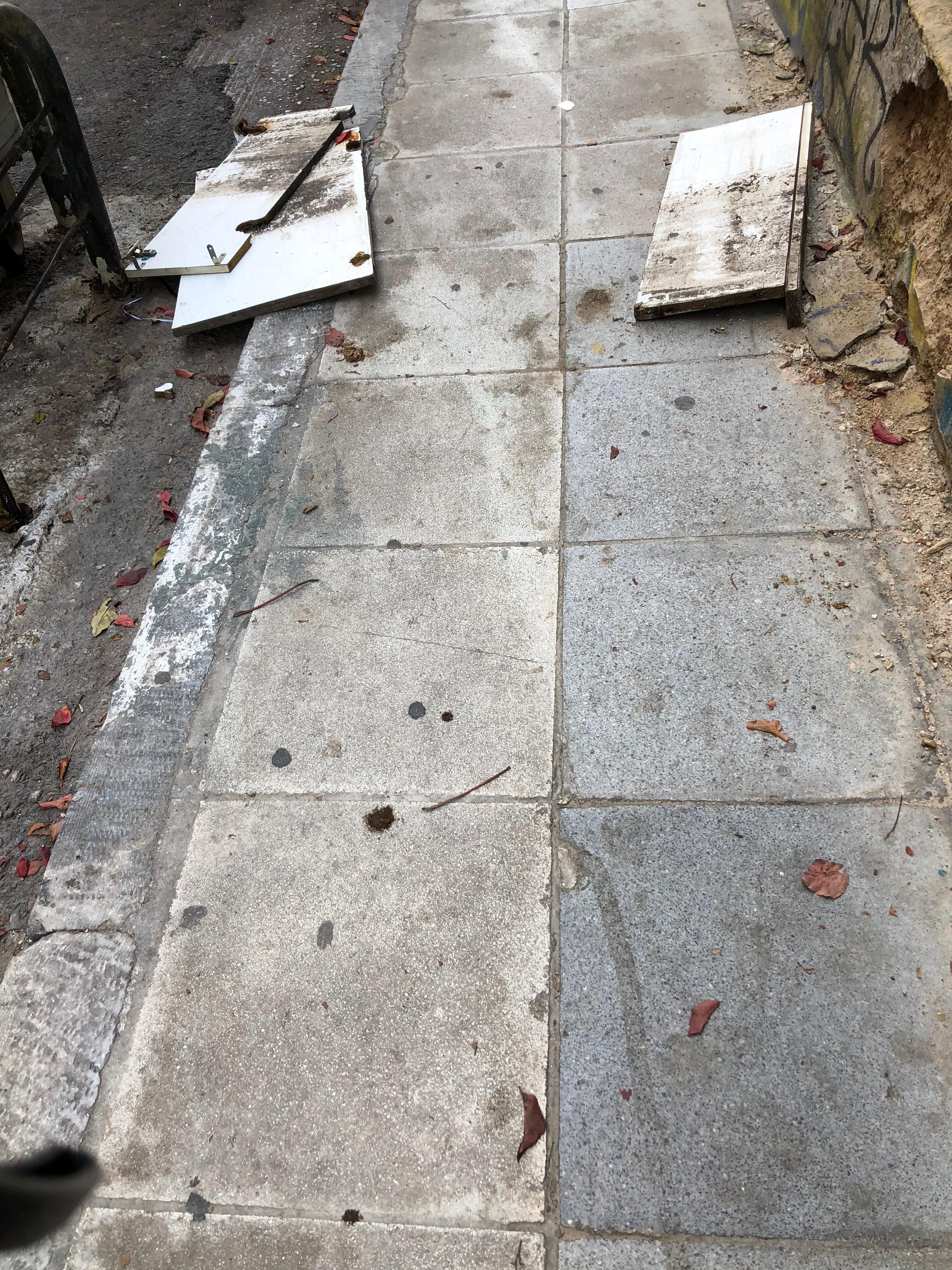 Ex Sidewalk2